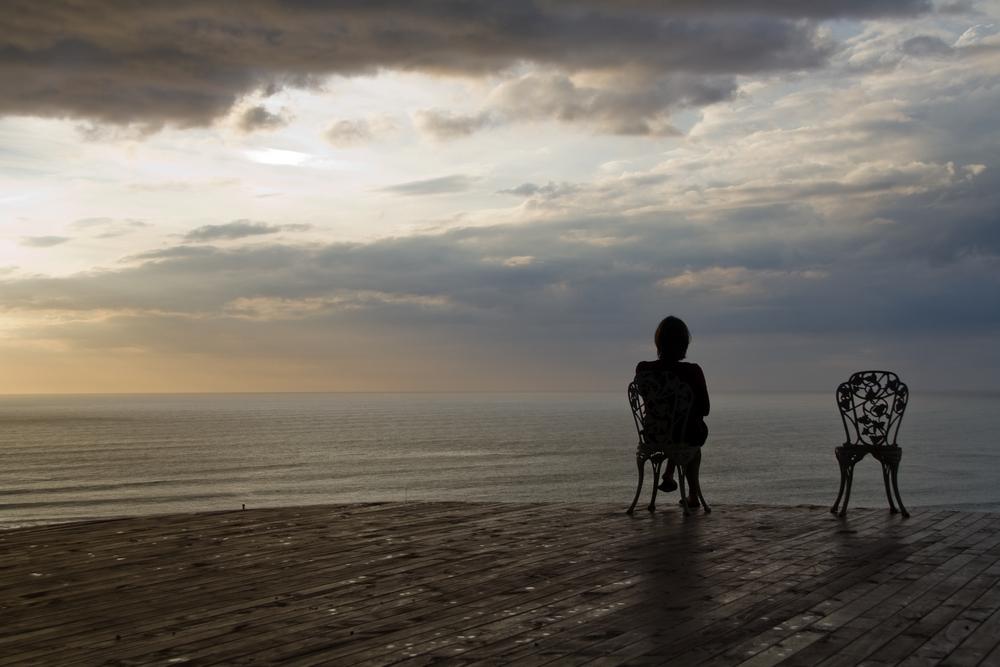 Magányos középkorú nő EFT kezelése