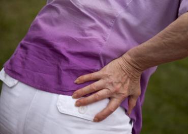 Nyugdíjas hölgy csípő fájdalmainak kezelése